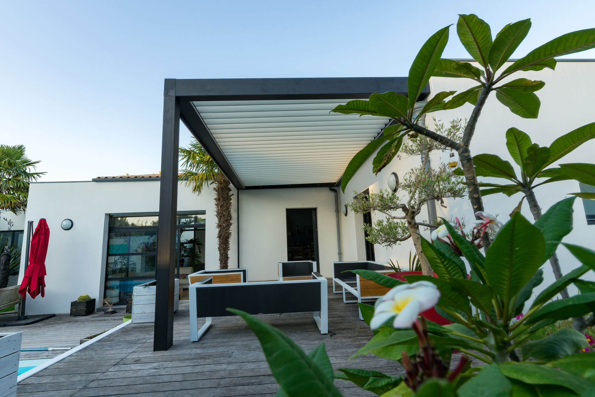 Verandah living darlington